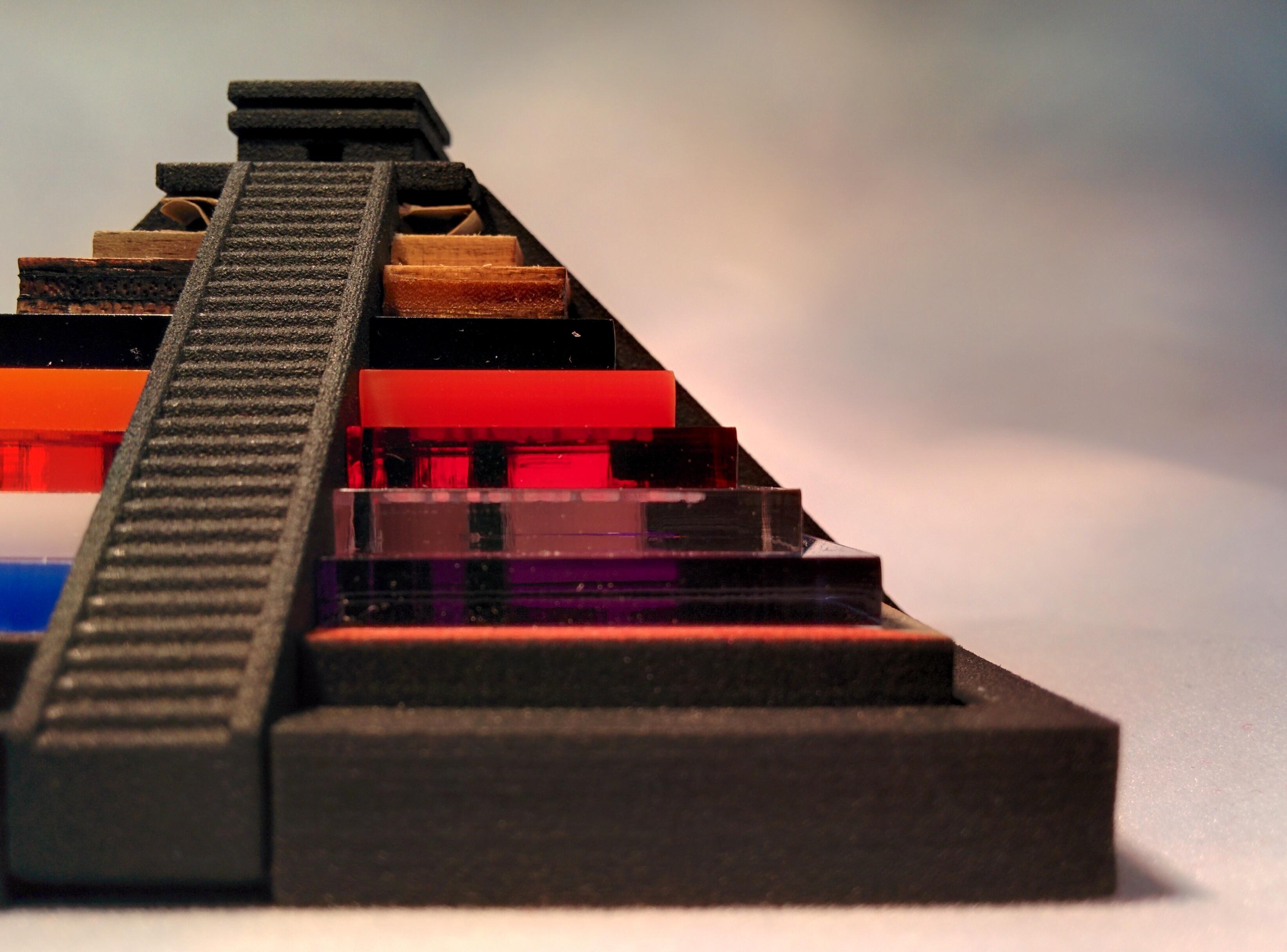 Gagnez une magnifique Pyramide découpée au laser