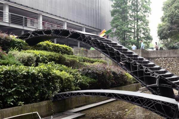 bridge-over-river-shanghai-tongji-university-unveils-china-1st-3d-printed-pedestrian-bridge-1