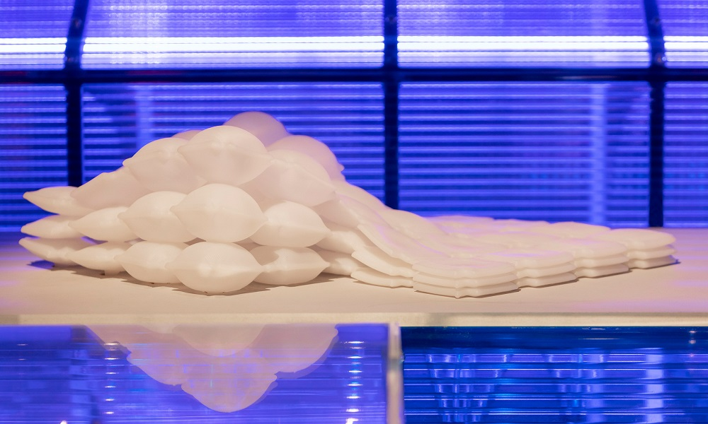 Rapid Liquid Printing: Creating inflatable structures, between 3D and 4D printing