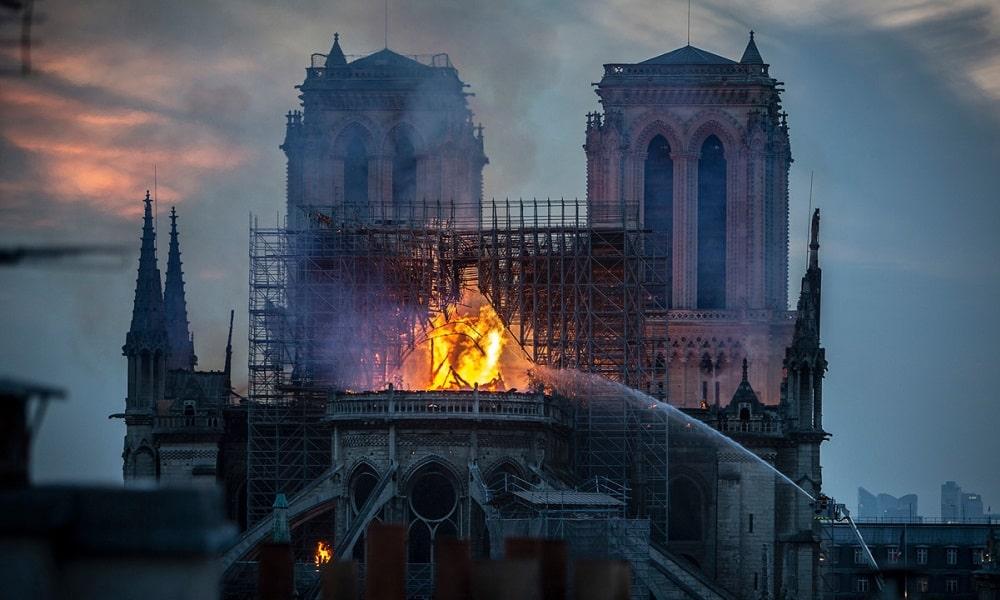 Wie kann 3D – Technologie Notre-Dame retten?