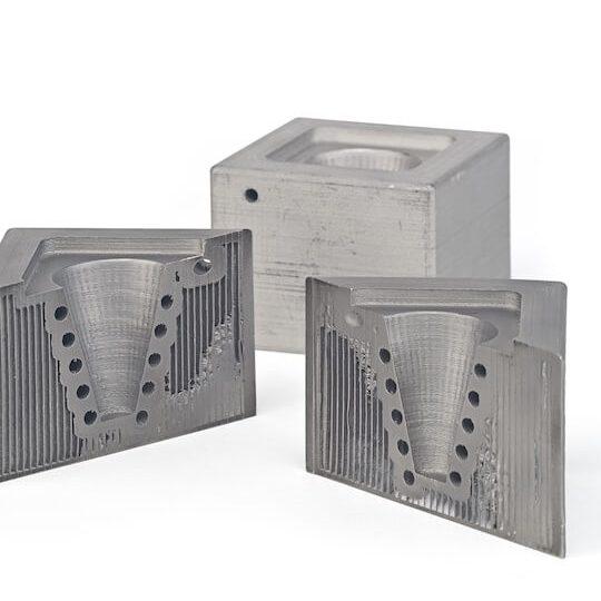 BASF Ultrafuse 316L mold test piece